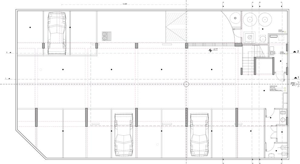 Edificio de oficinas de c c d h ficha fotos y planos for Planos de oficinas con medidas