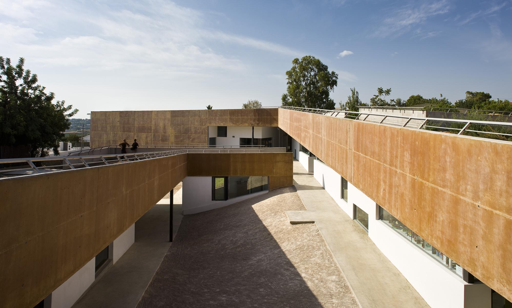 Arquitecto wikiarquitectura for Arquitectura de interiores a distancia